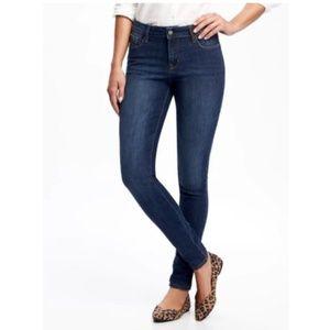 Mid-Rise Rockstar Skinny Jeans Size 8 Cyan Blue